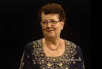 2018-06-30 02_48_11-An American In India - Karen Vasudev - YouTube.png